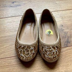 Little girl flats/dress shoes